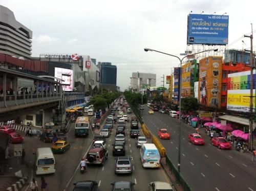 รีวิว เจาะลึก คอนโด รถไฟฟ้า รถใต้ดิน MRT พหลโยธิน M Ladprao