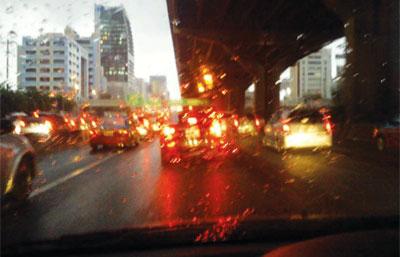 ฝนตก รถติด น้ำท่วม กรุงเทพ