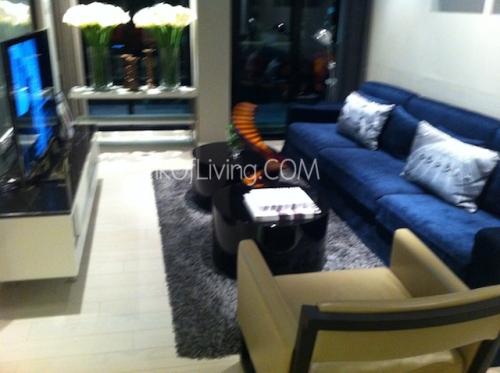 Living Room ชัดๆ