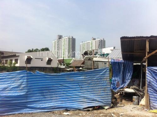 คอนโด Centric MRT ติวานนท์ ตึกไกลๆ